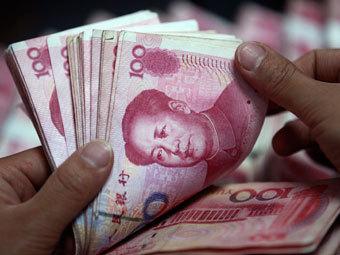 Курс юаня достиг максимума с 1993 года