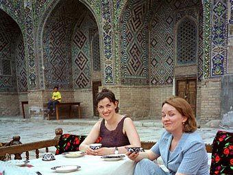 В Узбекистане решили ввести налог на туристов