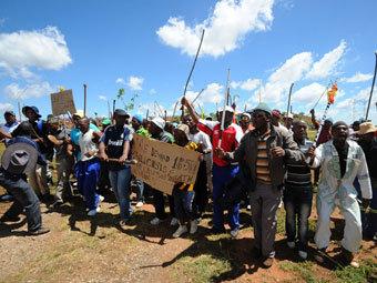 ЮАР оценила потери от забастовок в 1,2 миллиарда долларов