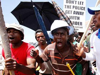 """Забастовки в ЮАР привели к отставке """"главного Скруджа мира"""""""