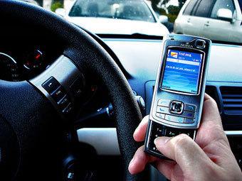 Петербуржцев уведомят о дорожных штрафах по SMS