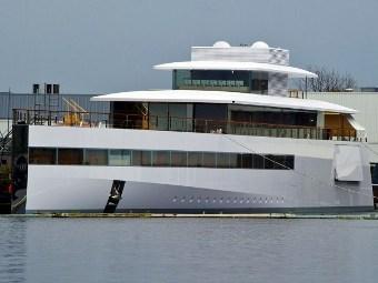 Яхту Стива Джобса спустили на воду в Нидерландах