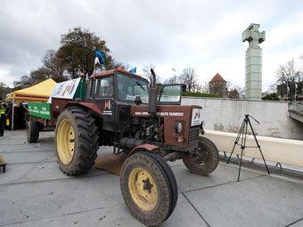 Трактор перед стартом. Фото DELFI