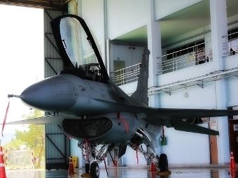 F-16 на ВВС на Тайланд. Фото от сайта taithailand.com