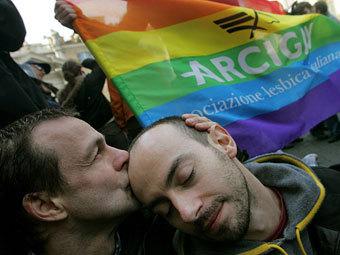 Итальянская гомосексуальная пара. Фото ©AFP