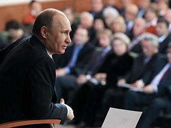Владимир Путин выступает на встрече с доверенными лицами. Фото РИА Новости, Михаил Климентьев