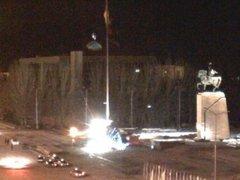 Упавшая ель. Кадр с веб-камеры на площади Ала-Тоо