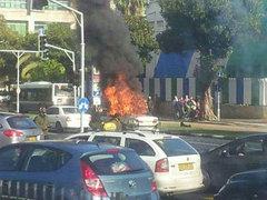 В центре Тель-Авива у здания министерства обороны Израиля днем 10 января произошел мощный взрыв, сообщает.