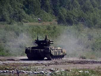 "БМПТ на огневой позиции. Фото Артема Ефимова, ""Лента.Ру"""