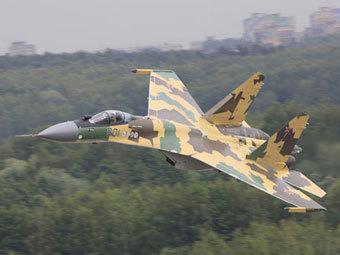 """Истребитель Су-35. Фото компании """"Сухой"""""""
