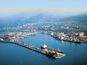 Порт Батуми. Фото с сайта investingeorgia.info