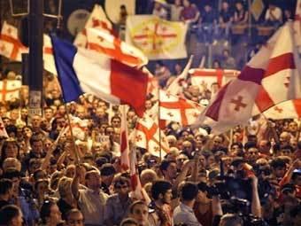 Митинг в Тбилиси 12 августа. Фото AFP