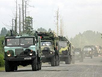 Колонна российской техники. Фото AFP