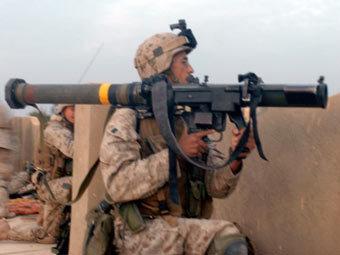 Американский морпех с РПГ SMAW. Фото с сайта defenseindustrydaily.com