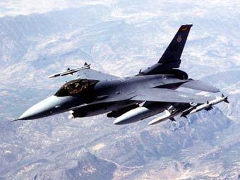 Истребитель F-16. Фото ВВС США