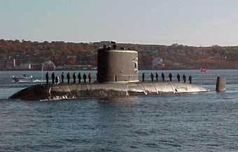 Подводная лодка ВМФ Канады в Галифакской бухте. Фото www.navy.dnd.ca