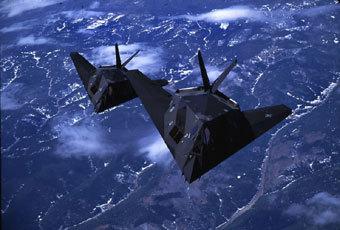 Самолет F-117A c технологией Stealth . Фото с официального сайта ВВС США