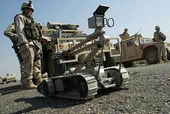 Американский боевой робот в Ираке. Фото с сайта timeinc.net