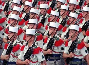 Военнослужащие французского Иностранного легиона. Фото с сайта britannica.com