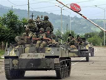 Российские военные на границе Абхазии и Грузии. Фото AFP