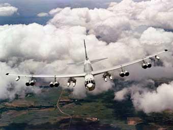 Бомбардировщик B-52. Фото ВВС США.
