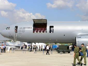 """Самолет ВВС США на МАКС-2007. Архивное фото """"Ленты.Ру"""""""