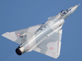 Истребитель Mirage 2000. Фото с сайта www.richard-seaman.com